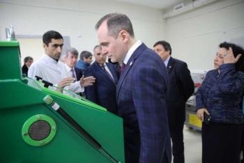 Артём Здунов посетил лаборатории ДГУ